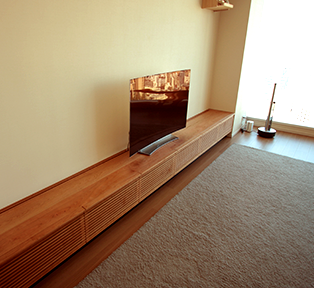 渋谷区A邸 4100mmのブラックチェリーオーダーテレビボード