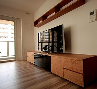 神奈川県川崎市T邸ブラックテェリーのテレビボード