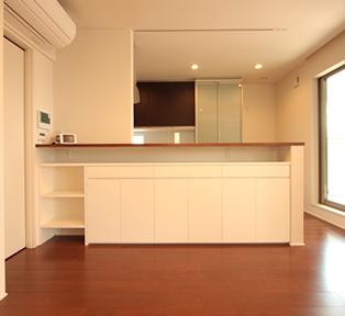 神戸B邸ホワイトキッチンカウンター