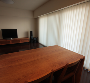 伊丹 A邸 TV BOARD & DINING TABLE