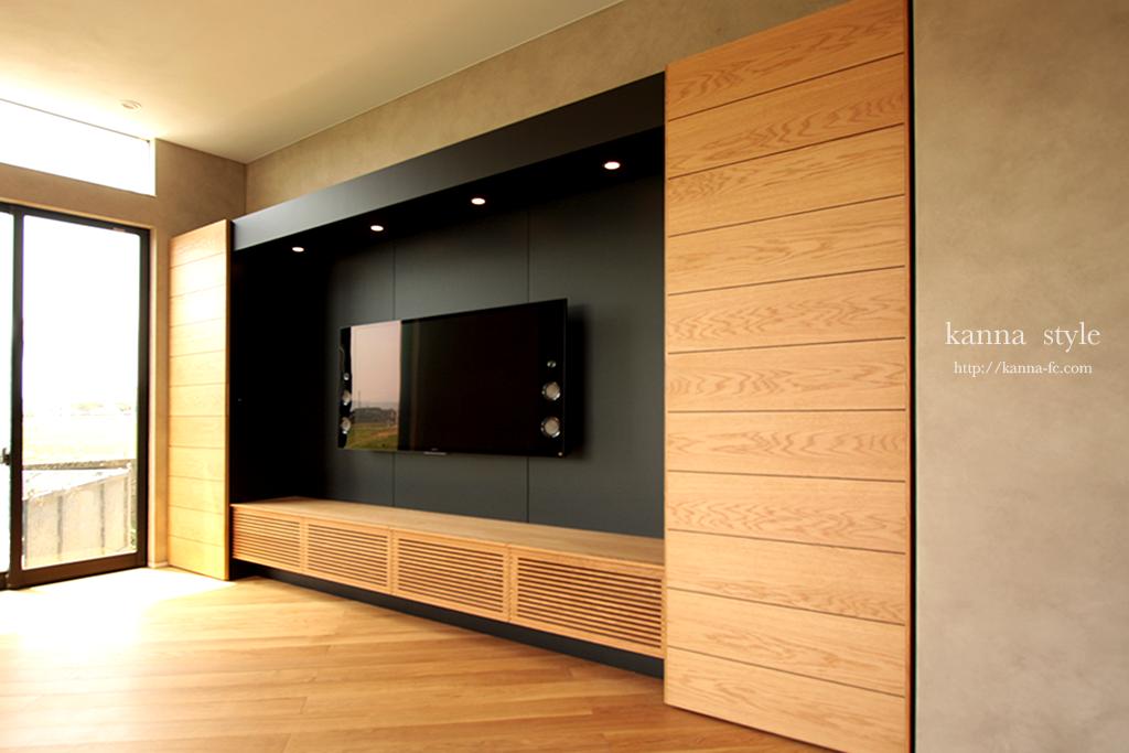オークの壁掛けテレビボード
