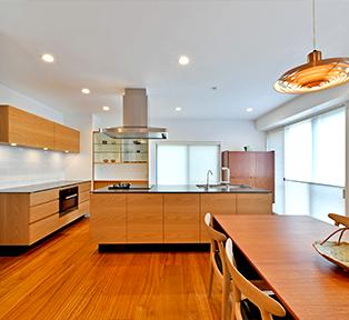 芦屋I邸マンションリフォーム キッチンとオーダー家具